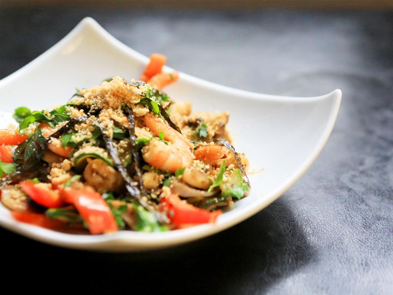 Wok de légumes et crevettes